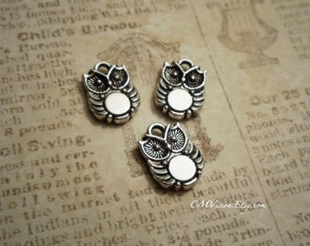 12pcs of Antiqued Silver Cute Double-sided  Chubby Owl Charms Pendants Drops M50-Rd