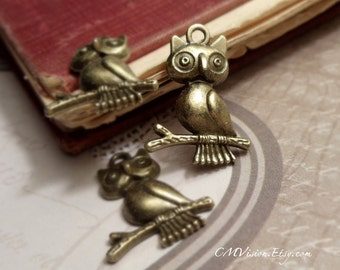 4pcs of Antiqued Bronze Cute Owl on Branch Charms Pendants Drops Ey S58