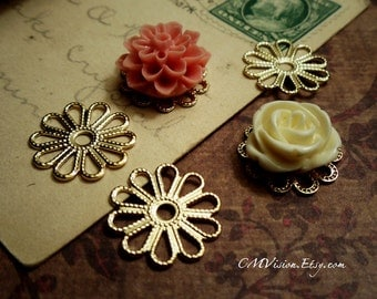 10pcs of Longer Lasting Color, 18K Gold Plated Brass 16mm Super High Quality Lovely Daisy Silouhette Filigree Base Connectors Wq S10