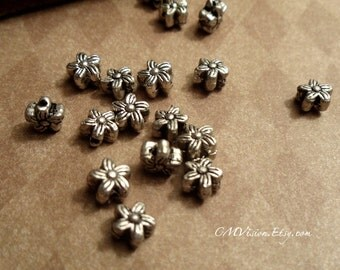 30pcs of Antiqued Silver 6mm Double-sided Lovely Daisy Spacer Beads Gs S54