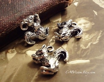 6pcs of Antiqued Silver 3D Squirrel Charms Pendants Drops Gh S23