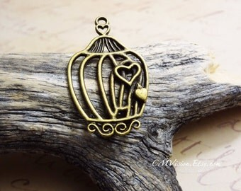 6pcs of Antiqued Bronze Ornate Fairy Tale Filigree Birdcage (two hearts) Charms Pendants Drops N32-Rd
