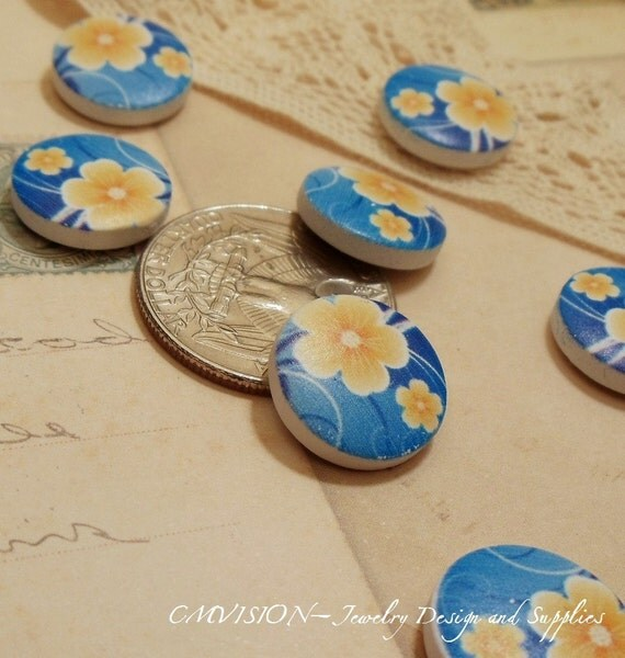 10pcs Lovely 15mm Wooden Beads/ Buttons (No Holes) Yellow Flower Blue Beads