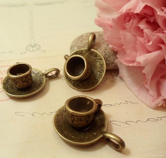 4pcs of Antique Bronze 3D Tea/Coffe Cup Saucer Charms Pendants Drops C27-Rd
