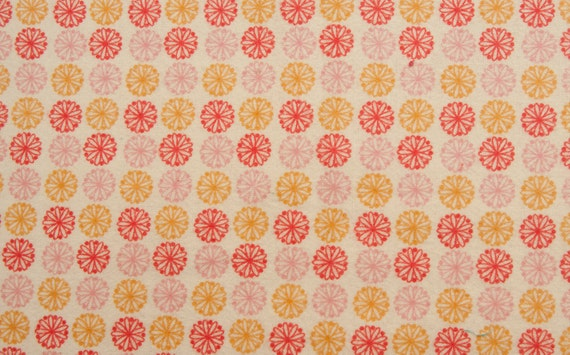 Flowers all in a line - Flannel - 35 inches - End of bolt