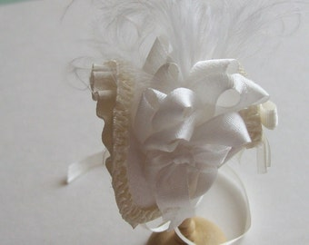 Handmade 1/12 miniature dollshouse ivory shaped silk bonnet