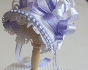 Beautiful handmade /12 dollshouse white silk miniature bonnet