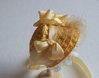 Lovely 1/12 dollshouse handmade  straw narrow bonnet