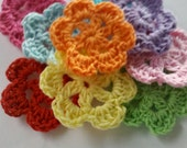 40 Handmade 1.5 inch Crochet Flower Appliques Sewing Bow