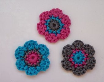 Lot of 3 flowers Crochet Flower Appliques (gray, pink and turquoise)