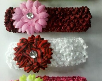 CIJ SALE set of 4 2.5 INCH Daisy flowers and 4 1.5 inch crochet headband lot 8 pieces of daisy flowers and headbands newborn