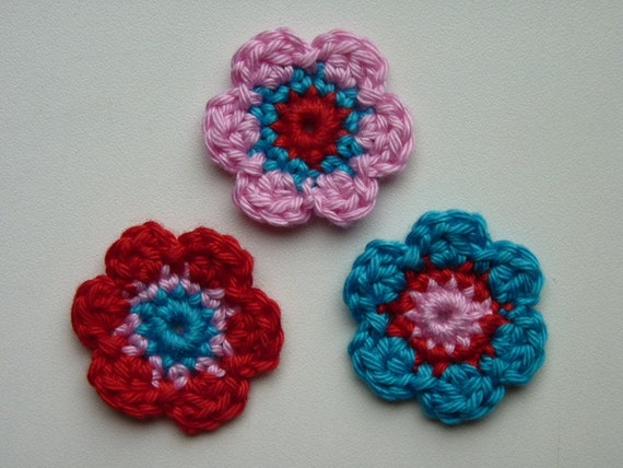 Lot of 3 flowers Crochet Flower Appliques (red, pink and turquoise)