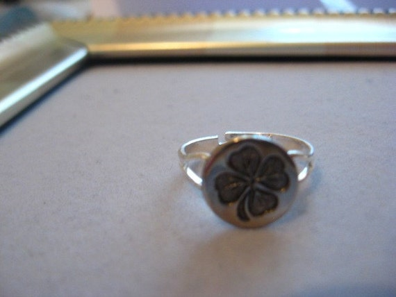 Adjustable Shamrock Ring