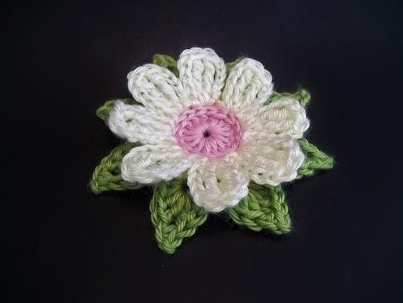 Crochet Small Daisy Flower Pattern : Gerbera Daisy Dukes Flower Crochet Pattern