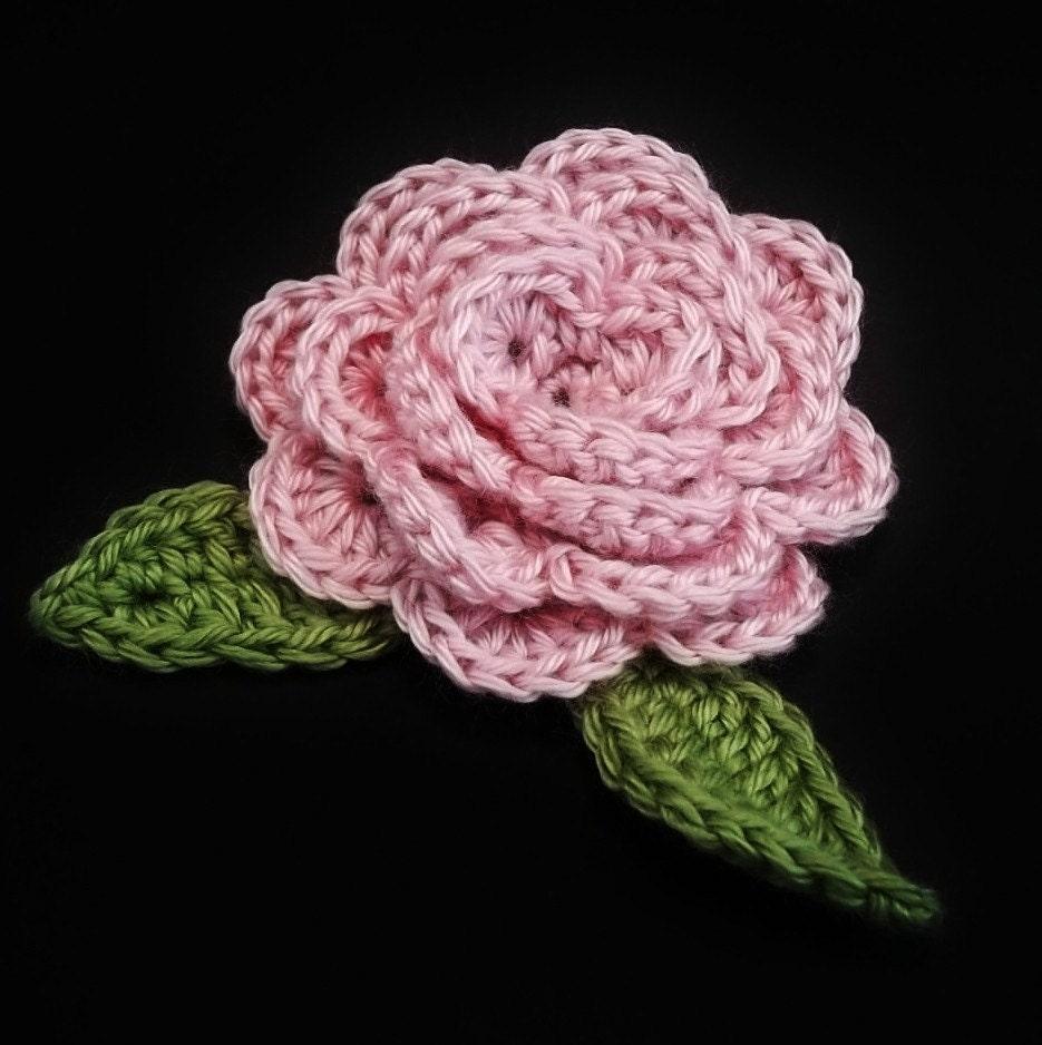 Rosa feltable flower a crocheted rose pattern instant - Como hacer flores de ganchillo ...