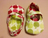 Reversible Mary Jane's - Apples to Apples 3-6mths