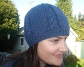 Cozy beanie, blue cable pattern, adult size small/medium