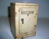Vintage Marx Toy - 1940s, Refrigerator