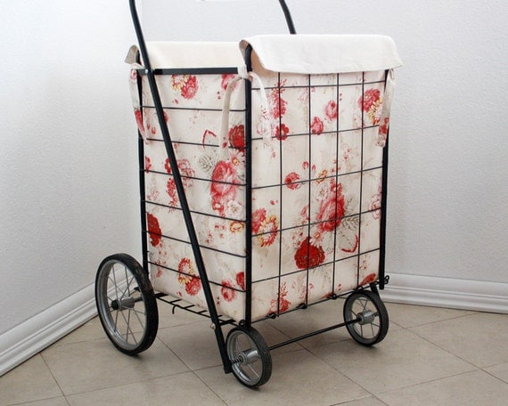 Cart Liner with Red and Cream Roses