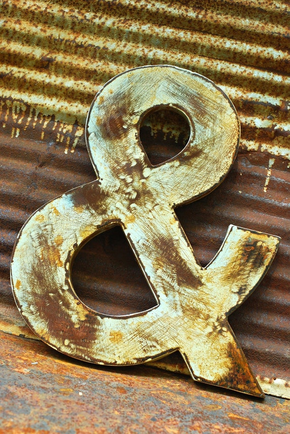 """16""""H Rusted Metal Ampersand"""
