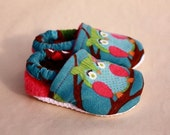 Baby girl owl shoes, owl crib shoes, infant toddler booties, soft sole
