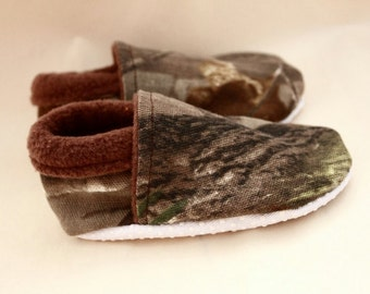 Camo baby boy shoes, Realtree infant shoes