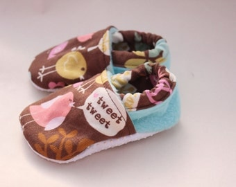 Baby girl shoes, bird crib shoes, tweet tweet infant toddler booties, soft sole