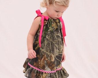 Baby girl camo dress, Mossy oak hot pink pillowcase dress, Camo Flower girl dress
