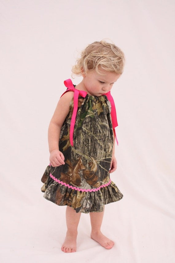 Baby girl camo dress, Mossy oak hot pink pillowcase dress, Camo Flower girl dress