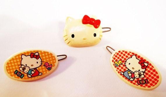 Hello Kitty Hair Pins.1976