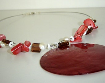 Strawberry Cream Shell Necklace