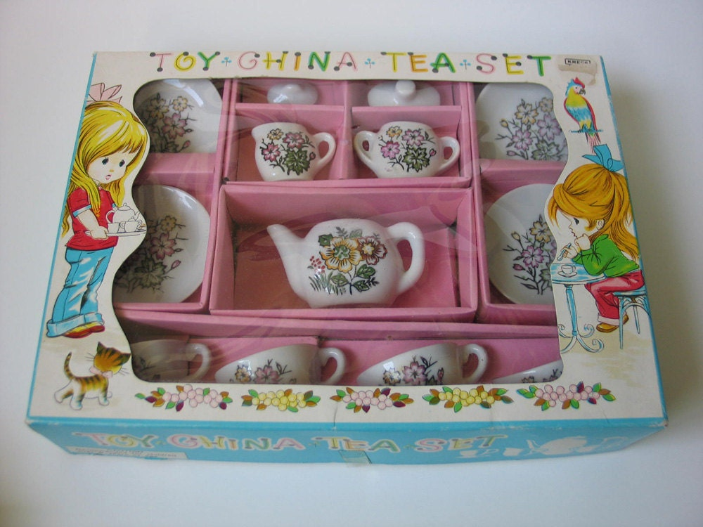 Toy Tea Set : Vintage early s toy china tea set made in japan