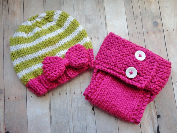 Cute Diaper Cover Set in Dark Pink, Pea Green, and White Photo Prop Vintage Style Shabby Chic