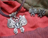 A SET of Beautiful Butterflies Antique Brass Necklace and Earrings