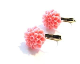 Pink Mum Leverback Earrings