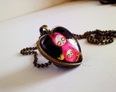 Hungry Cat Heart Shaped Cameo Necklace