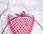 heart shape,crochet in white cotton pincushion reserved for Joyananda