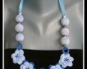 crochet necklace-blue rose