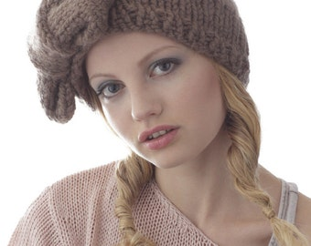 Flapper Knit Bow Hat in Taupe