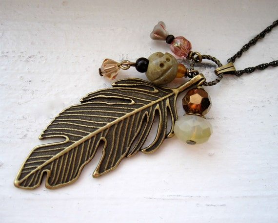 Feather Necklace - Feather Jewelry - Summer Jewelry - Boho - Brass - Unique - Gift Under 50 - Fashion