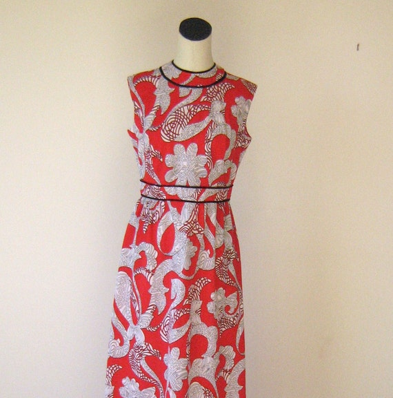 Red Berkshire Sleeveless Swirly Shapes Maxi Dress Large