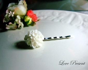 Grand White Pompon Daisy Bobby Pin (Custom made) - Special Love Sales