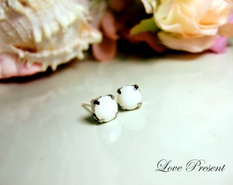 Swarovski Crystal Stud Typical 1 Carat Pierced Earrings - Bridesmaid Gift. Simple Modern Jewelry - Color White Alabaster