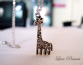 Valentine's day gift - Cutie Giraffe Necklace for your love