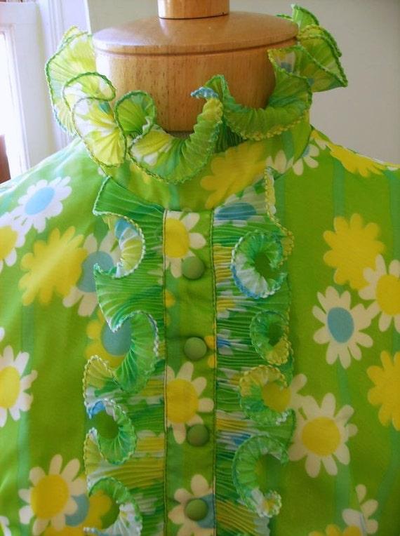 Retro Apple Green Daisy Covered Chiffon Dress