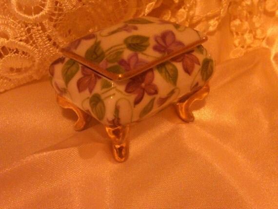 Vintage Violets Trinket Box
