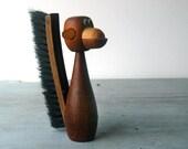 Monkey Lint Brush