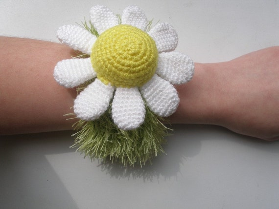 Daisy Pincushion - pdf crochet pattern