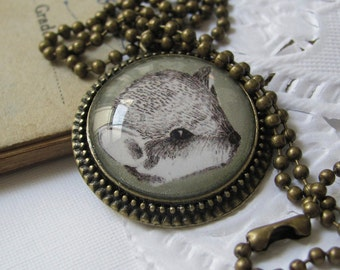 jewelry necklace, green mouse beautiful illustrated necklace