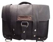 "17"" Laptop Journeyman Messenger bag - Black - 100% Full Grain Leather - Hand - Water Resistant - iPad Pocket"